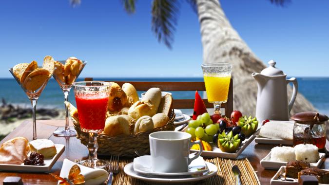 Café da Manhã, Meia Pensão, Pensão Completa ou All Inclusive?